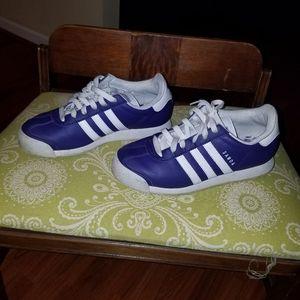 Adidas Samoa Youth size 5.5, Ladies size 7.5